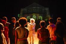 Espetáculo e jogo no Teatro de Santa Isabel